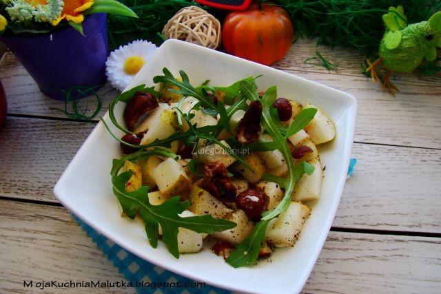 Sałatka z gruszki na orzechowo