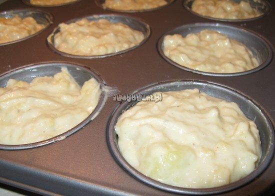 Muffiny ziemniaczano-serowe przed pieczeniem