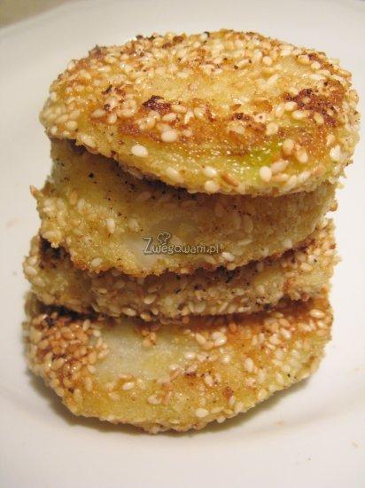 Chipsy z krążków cebulowych