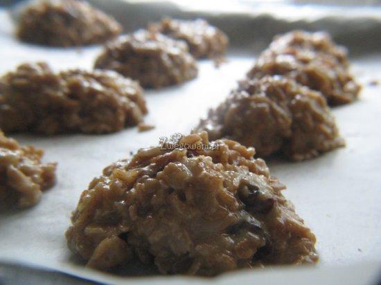 Ciasteczka orkiszowe przed pieczeniem