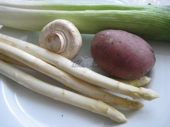 Ciastka francuskie z porem i szparagami - składniki