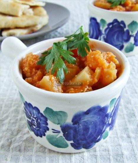 Curry z sezonowych warzyw