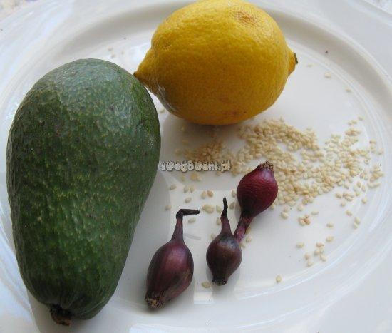 Smażone guacamole jako placki z awokado - składniki