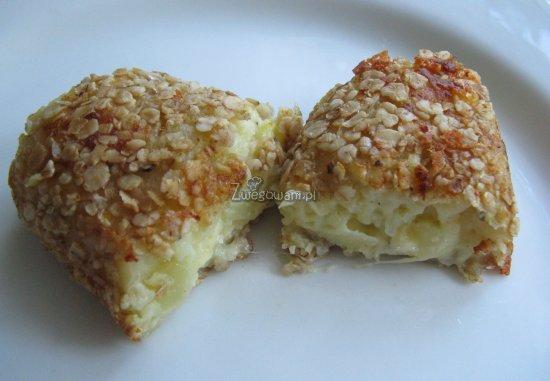 Krokiety z serem pleśniowym w środku