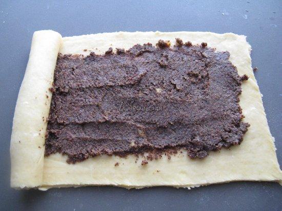 Zawijane ciasto na makowiec