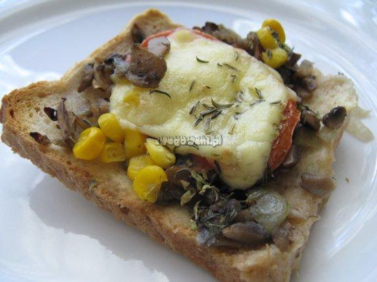 Pizza ekspresowa z chleba tostowego