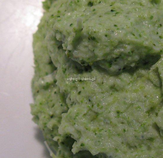 Masa na placki brokułowe