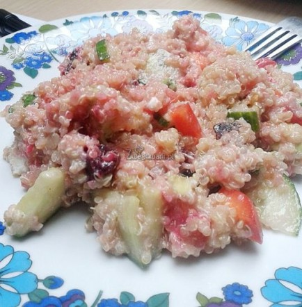 Quinoa z pieczonymi burakami