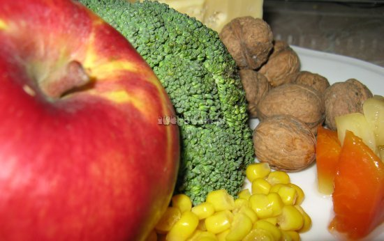 Sałatka z brokułów - składniki