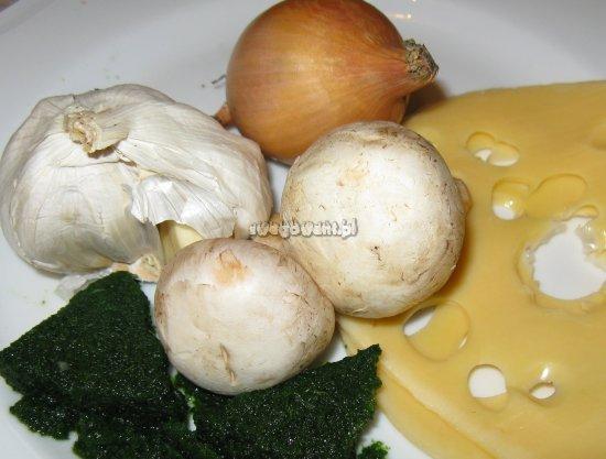 Sałatka z grzybami i ze szpinakiem - składniki