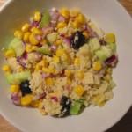 Sałatka z kuskusem,ogórkiem i kukurydzą