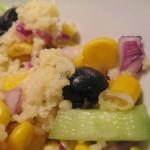 Gotowa kolorowa sałatka ogórkowa