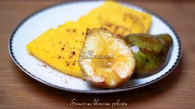 Smażona polenta z karmelizowaną gruszką