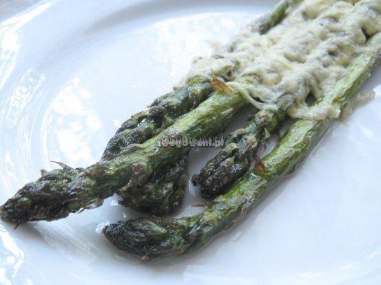 Zapiekane szparagi z serem