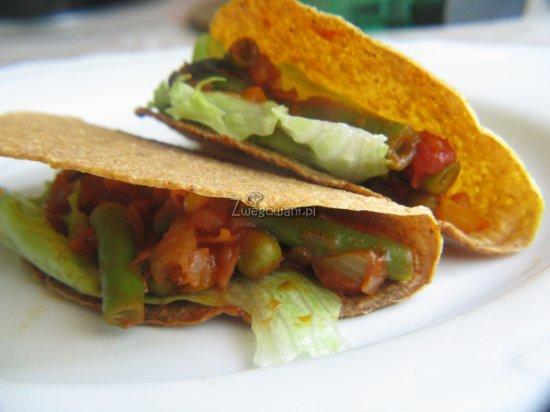 Tacos z fasolą i kukurydzą