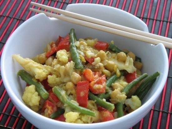 Tajskie curry z fasolką szparagową