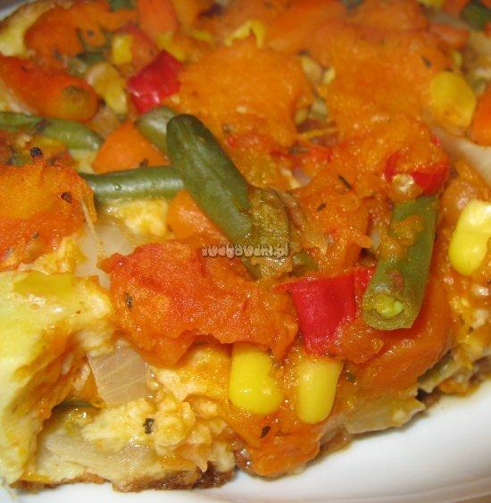 Warzywa zapiekane w cieście naleśnikowym