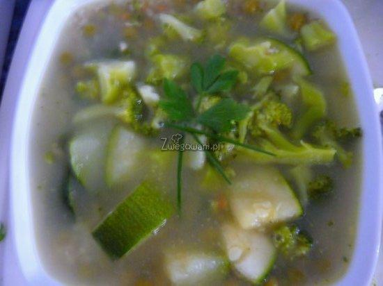 Zielona zupa i kasza z chrzanem i pastą wasabi