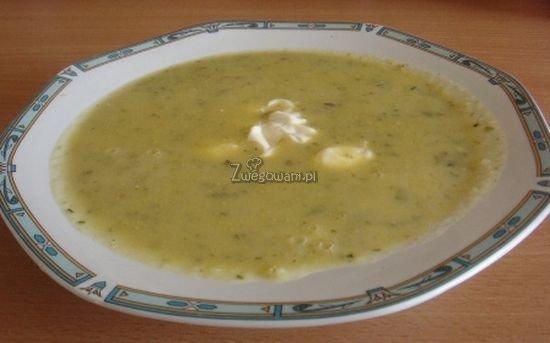 Zupa cukiniowa z kaszą kuskus