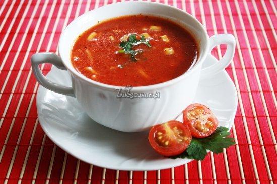 Zupa pomidorowa po meksykańsku