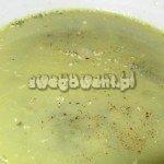 Zupa szpinakowa z migdałami