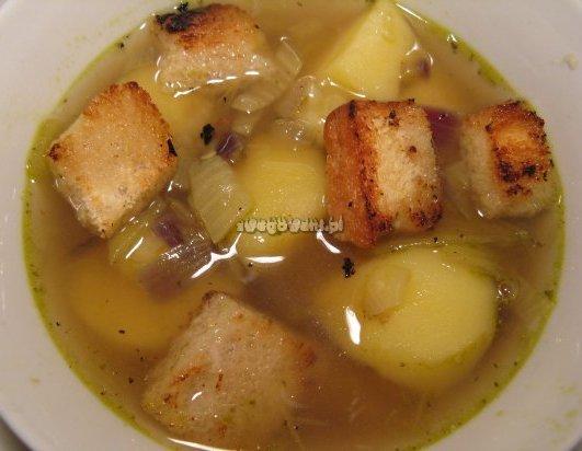 Zupa ziemniaczana (wersja bez marchewki)